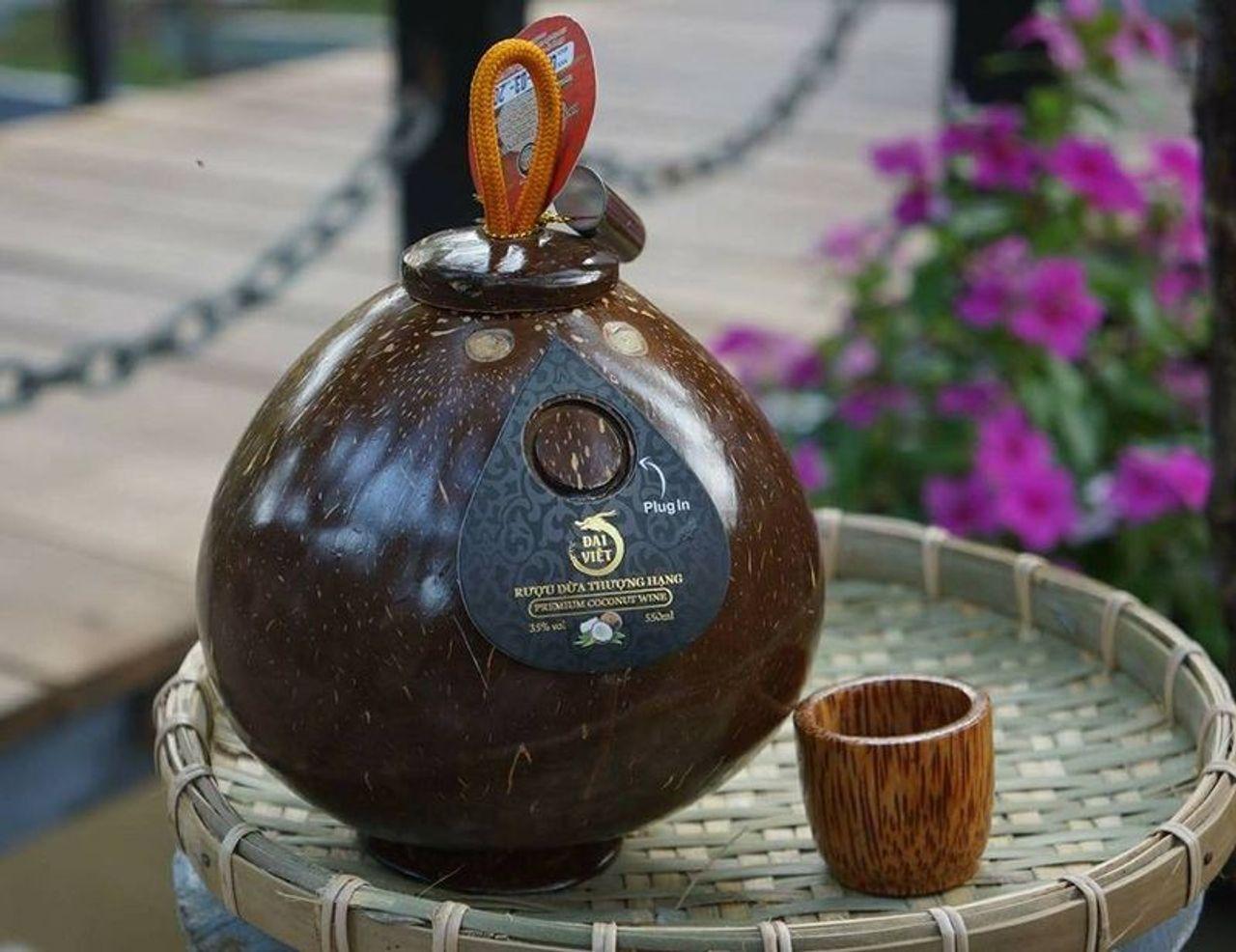 Rượu dừa đại việt - đặc sản bến tre giá sỉ , giá bán buôn