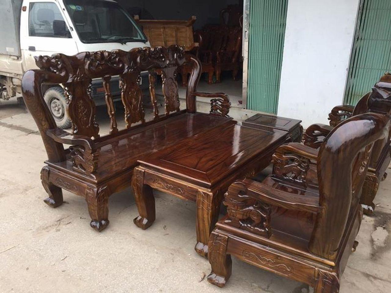 Kết quả hình ảnh cho bàn ghế gỗ tràm