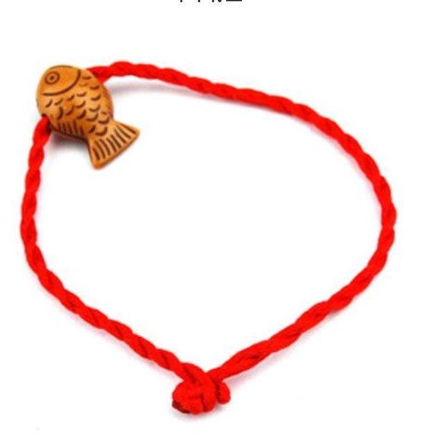 Dây đeo tay màu đỏ may mắn 3k/dây - có 100 kiểu khác nhau giá bao gồm dây mặt dây giá sỉ 3k -