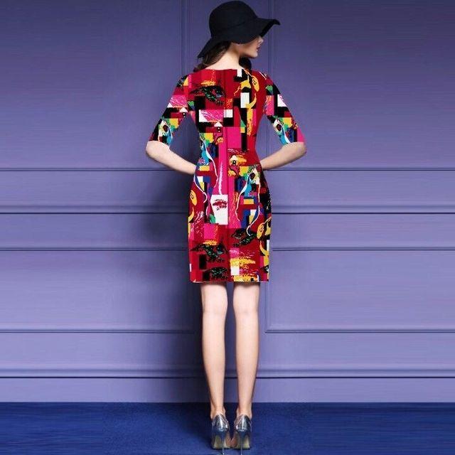 Đầm cao cấp in 3d đỏ hồng họa tiết tranh trừu tượng  - giá sỉ, giá tốt