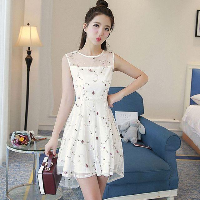 Đầm ren đuôi tôm phong cách Amyđen - giá sỉ, giá tốt