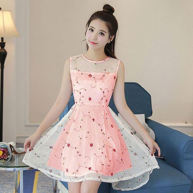 Đầm Ren Đuôi Tôm Phong Cách Amy Cam Dâu - giá sỉ, giá tốt