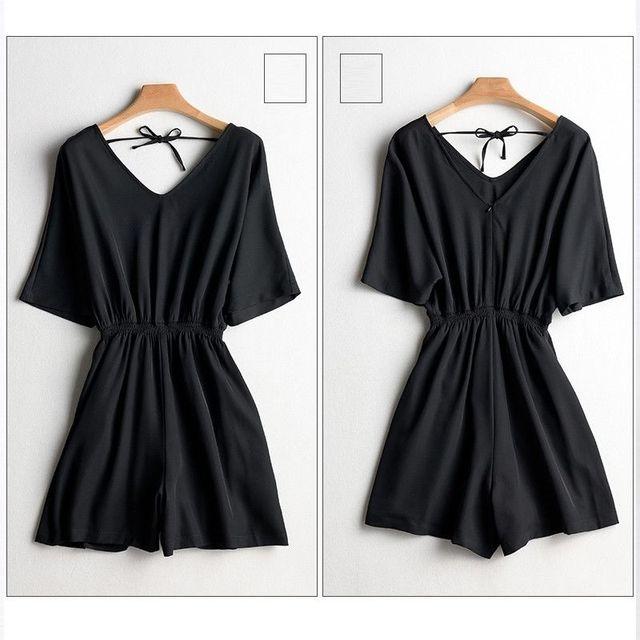 Jumpsuit đen cổ tim quần giả váy bo eo có size XXL