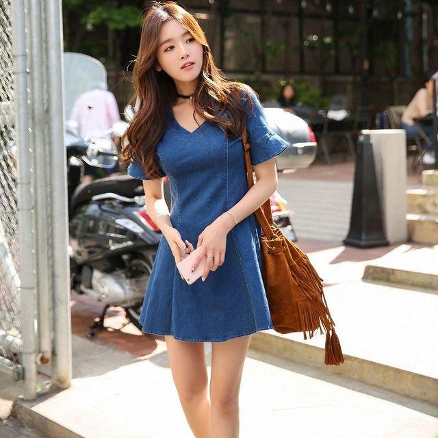 Đầm jean xòe tay loe cổ tim có size XL