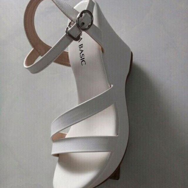 sandal đế xuồng giá sỉ, giá bán buôn