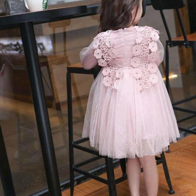 Đầm công chúa hồng