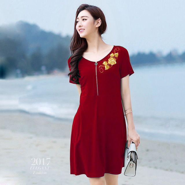 Đầm đỏ cao cấp thêu 3D hoa hồng ánh kim có size XXXL