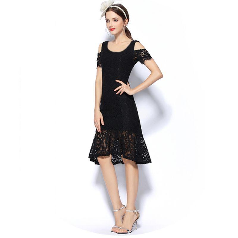 Đầm ren đuôi cá đen cổ tròn hở vai - giá sỉ, giá bán buôn