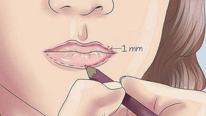 Kết quả hình ảnh cho cách tô son môi dày