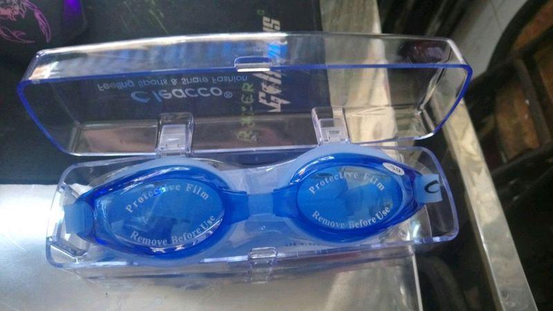 kính bơi cho người bị cận giá sỉ, giá bán buôn