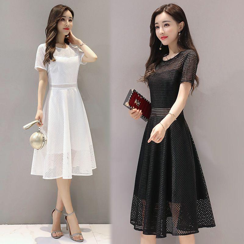 Đầm đen xòeren lưới vuôngcách điệu giá sỉ, giá bán buôn