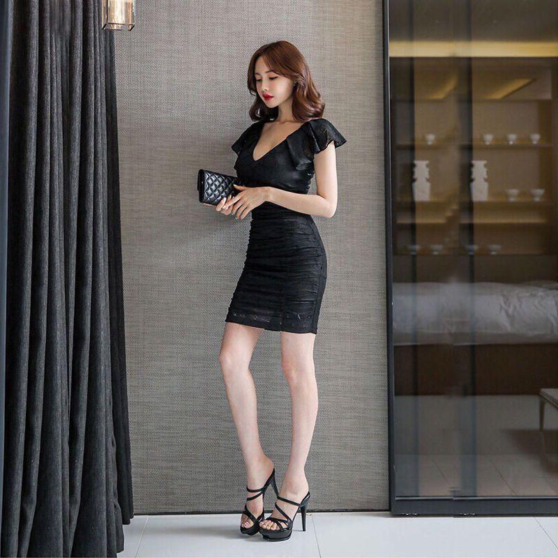 Đầm đen ren nhún cổ V giá sỉ, giá bán buôn
