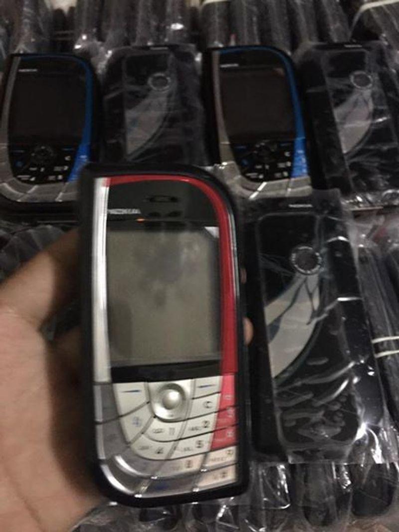 Nokia 7610 zin giá sỉ, giá bán buôn