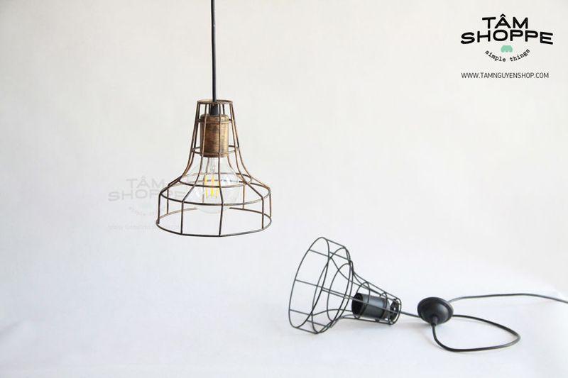 Bộ đèn thả trần khung sắt hình chóp giá sỉ, giá bán buôn