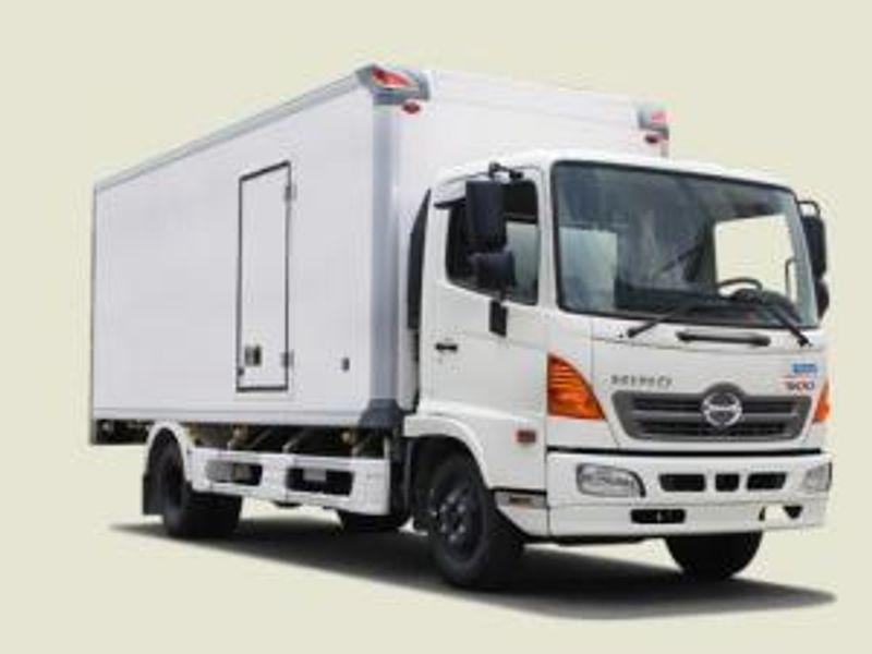 Xe Tải Hino 6 Tấn Thùng Bảo Ôn - FC9JJTA thùng 5m7 giá sỉ, giá bán buôn