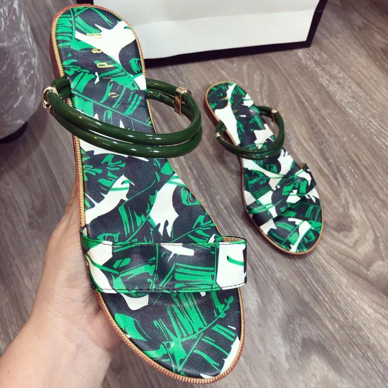 Sandal mang hai kiểu giá sỉ, giá bán buôn