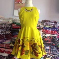 Đầm xoè chân váy in hoa ms122