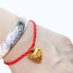 Vòng dây đỏ đeo tay may mắn giá sỉ 3k giá sỉ