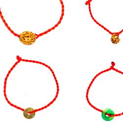 Vòng dây đỏ đeo tay may mắn kèm mặt dây giá sỉ 3k giá sỉ