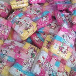 Quần chip tam giác bé gái đựng trong túi nhựa 5 cái/túi size 2/34/57/89/1011/2 hàng quảng châu giá sỉ