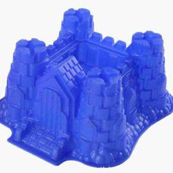 »»khuôn silicone hình tòa lâu đài khuôn siêu lớn  »»ms003 giá sỉ 130k /khuôn »»dùng để chạy nước đáđổ thạch rau câu làm bánh đổ sôcôla kẹo dẻo  »»kích thước khuôn 28cm x 24cm x 13cm chất liệu silicone dẻo »»chịu nhiệt cao độ bền cao