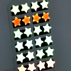 bông tai dạ quang phát sáng trong đêmm giá sỉ 8k/đôi giá sỉ