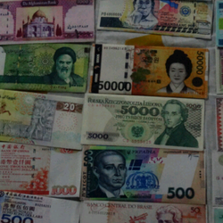 ví tiền ngoại tệ giá sỉ 20k