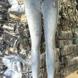 Quần jean dài nữ giá sỉ, giá bán buôn
