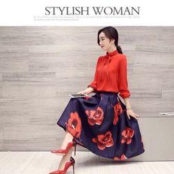 Set bộ áo sơ mi voan thắt nơ + chân váy xòe form dài họa tiết hoa đào bự