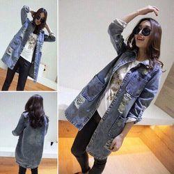 (xưởng sỉ - t2shop.vn) áo khoác jean form dài xước - sỉ:160k  lẻ:260k chất: (jean , form nữ dưới 55kg)