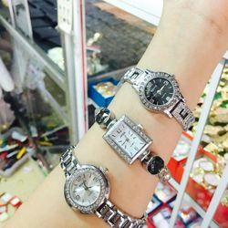 Đồng hồ kim loại, giá sỉ 110k/cái , zalo 0981.66.2025. đơn 500k được sỉ . website bansisaigon.com