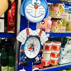 Đồng hồ treo tường doremon happy siêu dễ thương giá sỉ