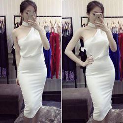 Set bộ áo lệch vai và chân váy bút chì trắng tuyệt đẹp hnm388