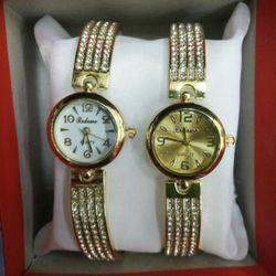 Đồng hồ 2 bên xoằn thời trang giá sỉ