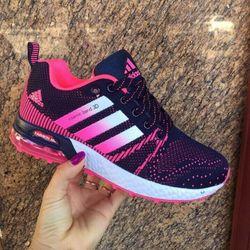 Giày thể thao nam mới