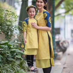 Sét áo dài mẹ và bé kèm mấn