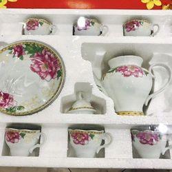 Bộ tách trà bình trà và 6 tách 6 dĩa