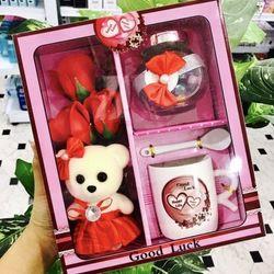Bộ hoa sáp gấu bông tặng kèm bộ ly muỗng siêu cute tgs78480 giá sỉ