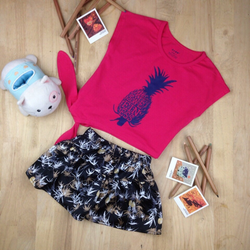 bộ bé gái trái thơm+ quần váy