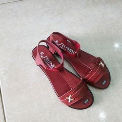 Giày sandal nữ học sinh giá rẻ