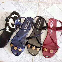 Giày sandal nữ giá rẻ 35k