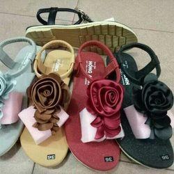 Giày sandal nữ giá rẻ 40k