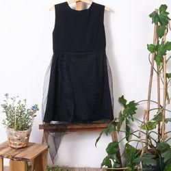 Đầm ôm phối lưới - đen