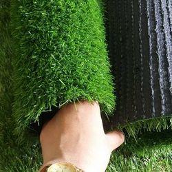 Thảm cỏ nhân tạo trang trí shops thời trang lót trường mần non khu vui chơi