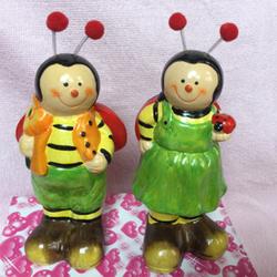 Bộ 2 tượng hình ong vàng