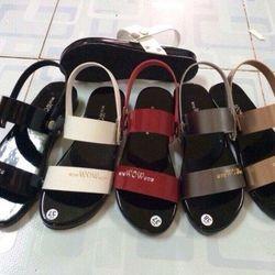 Giày sandal nữ ý phương sỉ 45k
