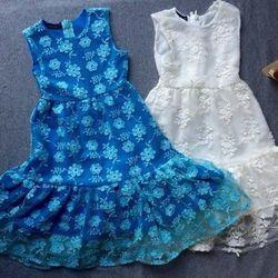 Váy ren đuôi cá