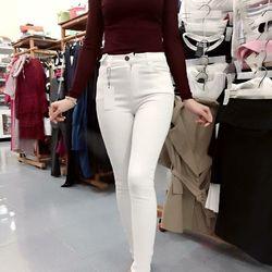 Quần jean trắng trơn