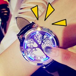 Đồng hồ không kim không hiển thị ngày giờ bằng các chấm LED Cực phong cách giá sỉ