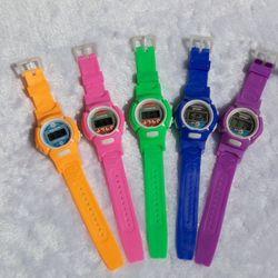 đồng hồ giá rẻ Mạnh Thắng giá sỉ